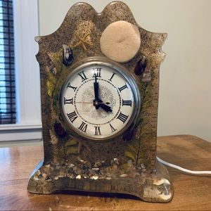 MCM Resin Shell Sand Beach Lanshire Mantel Clock